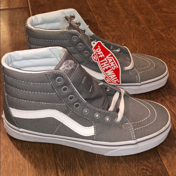dc4f672bebec Vans Canvas Sk8 Hi - Frost Grey 7.5W. M 5c4eb0ef0cb5aa850f7602dc